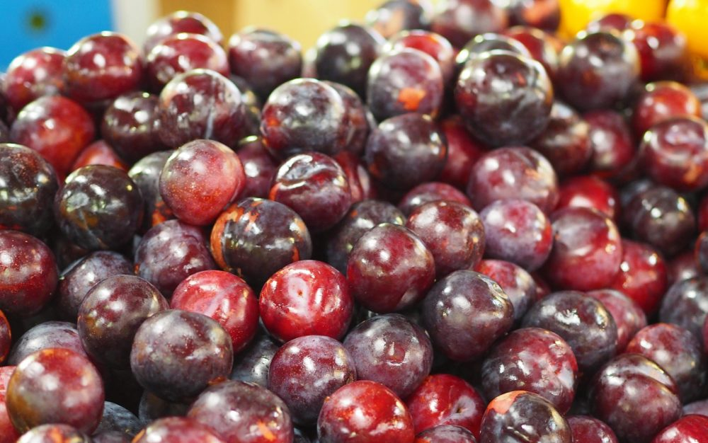 plums dandenong market