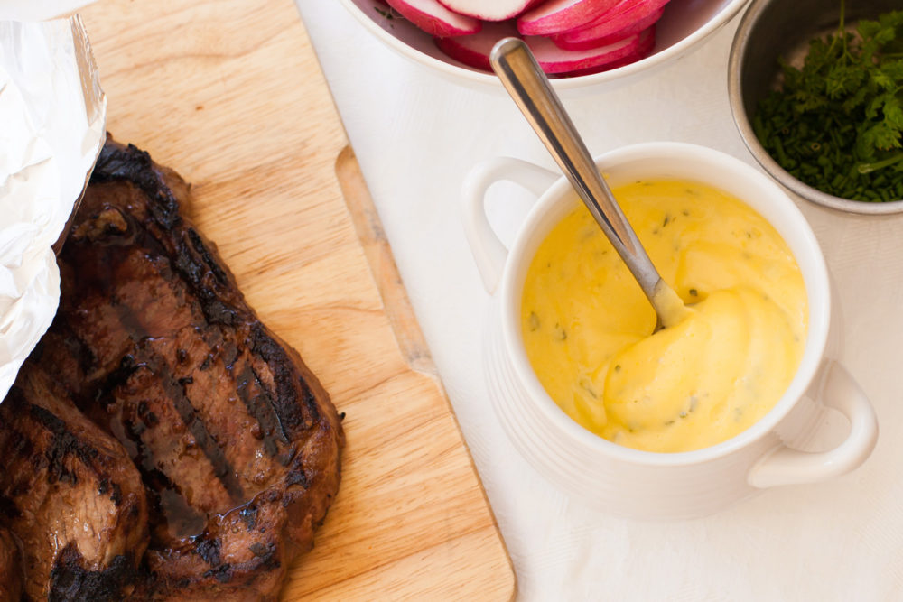 sauce with steak