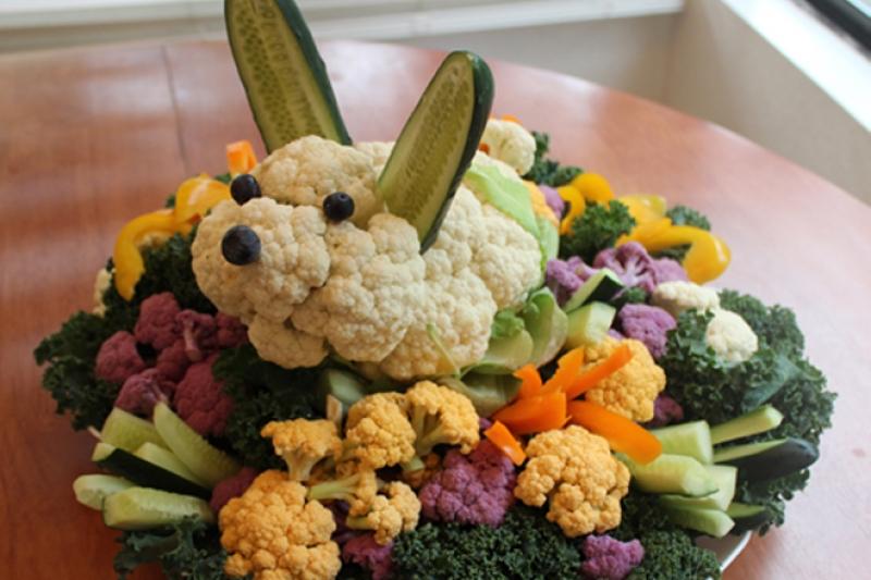 easter bunny veggie platter